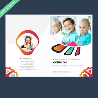 Modello di brochure per l'ammissione alla scuola bifold