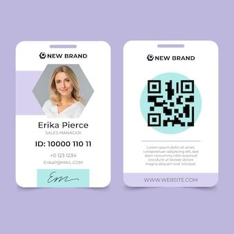 Modello di carta d'identità minima con foto