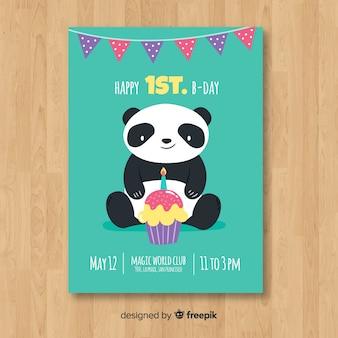 Modello di carta di compleanno primo panda piatto