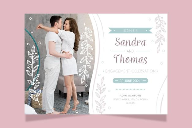 Modello di carta di fidanzamento con foto