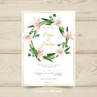 Modello di carta di matrimonio elegante con fiori realistici