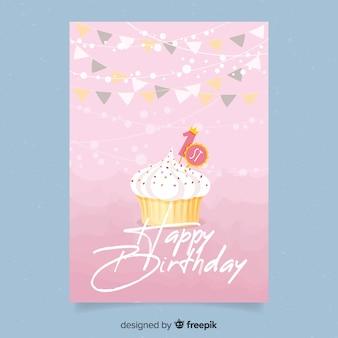 Modello di carta di primo compleanno cucpake disegnato a mano