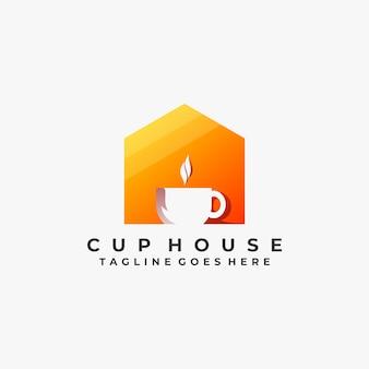Modello di casa di coppa