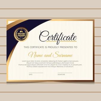 Modello di certificato elegante con elementi dorati