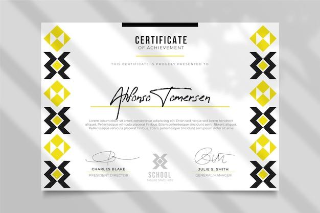 Modello di certificato moderno con design tradizionale