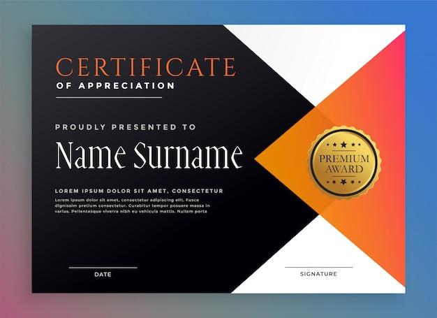 Modello di certificato moderno con distintivo d'oro