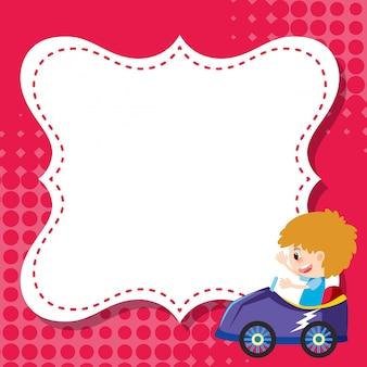 Modello di cornice con ragazzo in auto da corsa