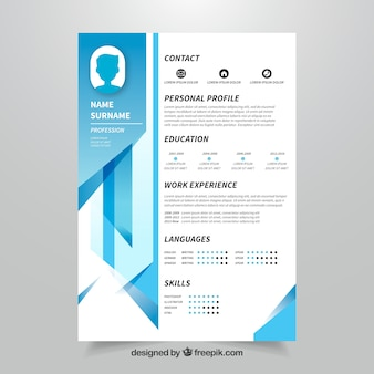 Modello di curriculum con disegno geometrico