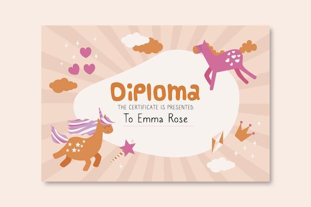 Modello di diploma per bambini con unicorni