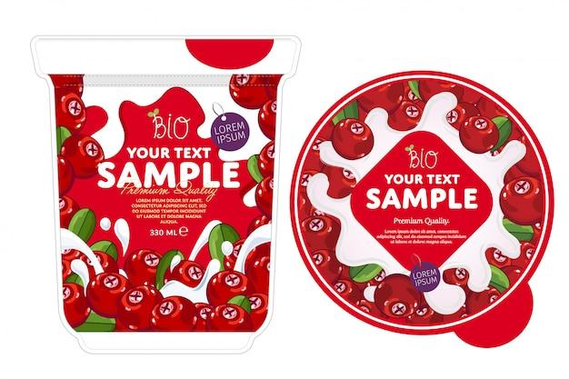 Modello di imballaggio di yogurt di mirtilli rossi.