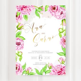 Modello di invito di matrimonio con fiore di peonia acquerello