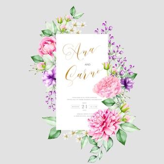 Modello di invito di matrimonio con foglie floreali dell'acquerello