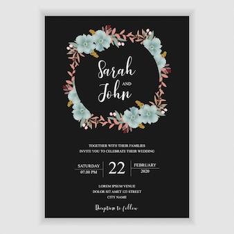 Modello di invito di matrimonio floreale con decorazione floreale blu