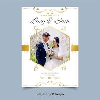 Modello di invito di matrimonio ornamentale con foto