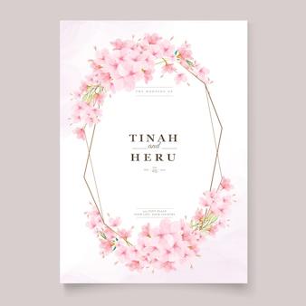 Modello di invito di nozze con ghirlanda di fiori di ciliegio