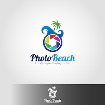 Modello di logo della spiaggia della foto