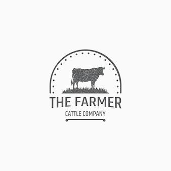 Modello di logo di allevamento di mucche