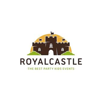 Modello di logo di castello colorato