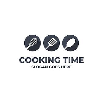 Modello di logo di cucina con utensili da cucina