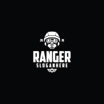 Modello di logo di soldato esports