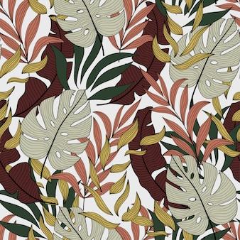 Modello di moda tropicale senza soluzione di continuità con belle foglie marroni e bianche