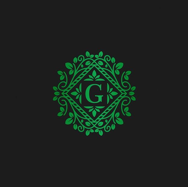 Modello di progettazione di logo di vettore e fiori di lettera g eco