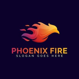 Modello di progettazione di logo sfumato di fuoco di phoenix fiamma o aquila