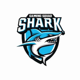 Modello di scudo mascotte di gioco di squalo esport