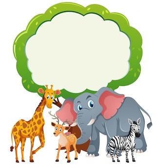 Modello di sfondo con gli animali selvatici