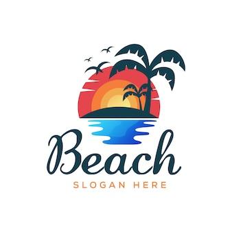 Modello di vettore dell'illustrazione di logo di estate della spiaggia