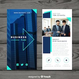 Modello di volantino di business moderno