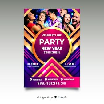 Modello di volantino festa del nuovo anno 2020 con foto