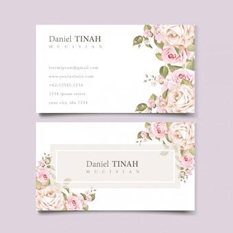 Modello elegante biglietto da visita floreale morbido