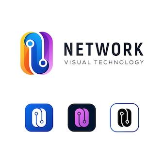Modello moderno di progettazione di logo di tecnologia della lettera n di colore
