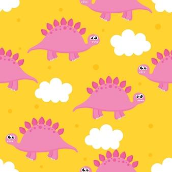 Modello senza cuciture con dinosauro simpatico cartone animato e nuvole per bambini. animale su sfondo giallo.