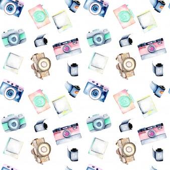 Modello senza cuciture con le retro macchine fotografiche dell'acquerello