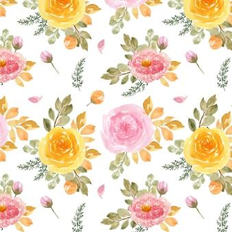 Modello senza cuciture con rose rosa e gialle dell'acquerello