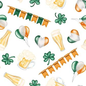 Modello senza cuciture degli elementi del giorno di san patrizio (birra, colori irlandesi e acetosella)