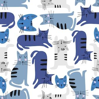 Modello senza cuciture dei gatti divertenti con disegnato a mano variopinto