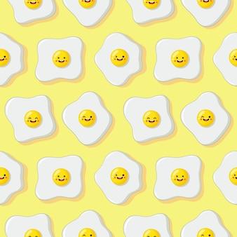 Modello senza cuciture del personaggio dei cartoni animati divertente delle uova fritte su giallo.