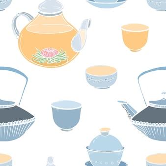Modello senza cuciture elegante con strumenti di cerimonia del tè asiatico tradizionale disegnati a mano su fondo bianco -