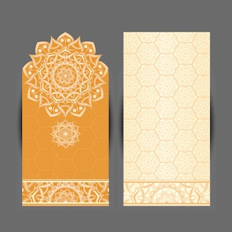 Motivo a medaglione paisley indiano floreale