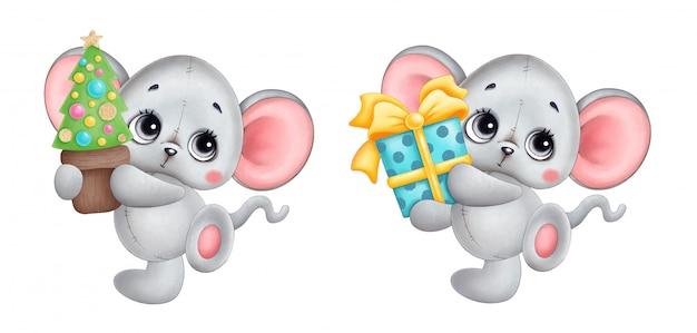 Mouse sveglio di natale del fumetto con l'albero di natale e l'insieme del regalo