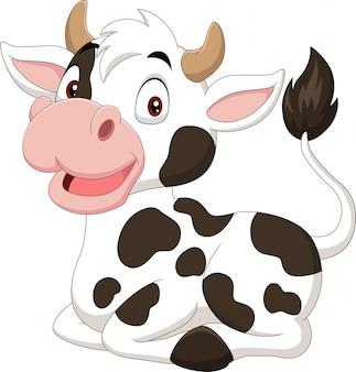 Mucca divertente del fumetto che si siede sul fondo bianco