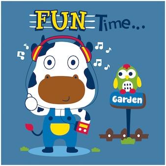 Mucca e gufo nel giardino animale divertente cartone animato
