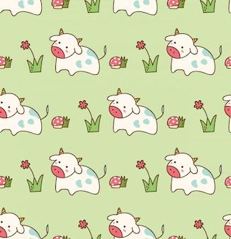 Mucca nell'erba con fiori e funghi senza cuciture