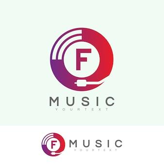Musica iniziale lettera f logo design