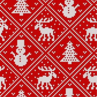 Natale a maglia ornamento geometrico con alci, alberi di natale e pupazzi di neve. sfondo con texture a maglia.