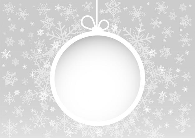 Natale e felice anno nuovo sfondo bianco vettoriale con palla di neve bianca