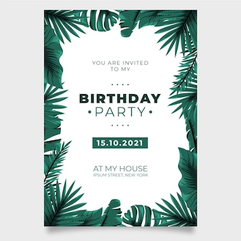 Natura tropicale con invito a una festa di compleanno di foglie esotiche